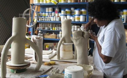 Ceramic workshops with Debbie