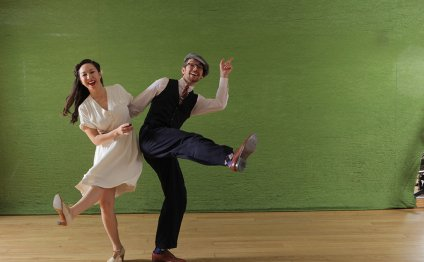 The best swing dancing classes