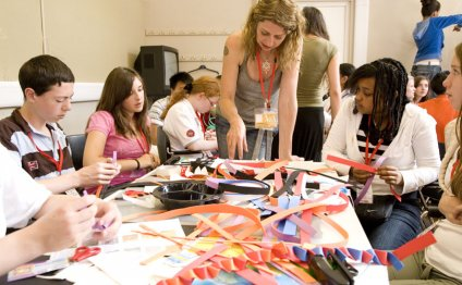 Art workshops may be free or